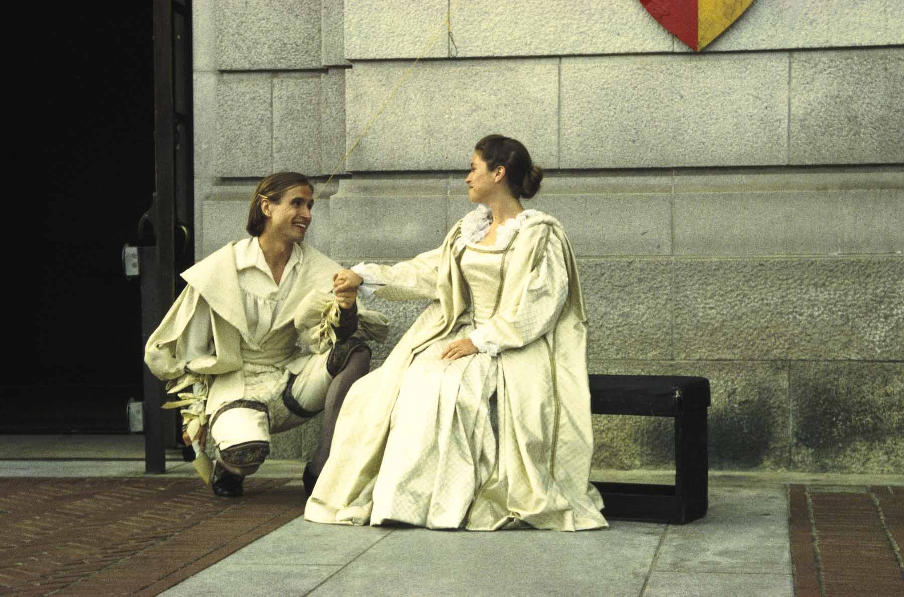 a comparison of shakespeares the merchant of venice and much ado about nothing This year frank benson also offered the merchant of venice, twelfth night, much ado about nothing, henry v, julius the shakespeare play was much ado about nothing.