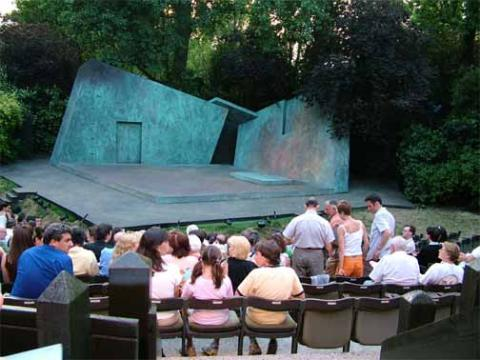 Regent's Park Open-Air Theatre: Cymbeline Production