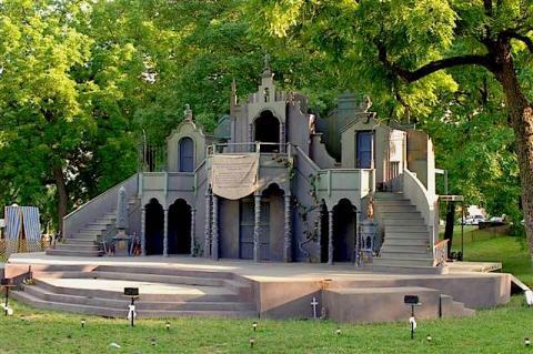 Heart of America Shakespeare Festival, 2007: Set for Romeo and Juliet.
