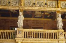 Stage Gallery Statues and Entrances